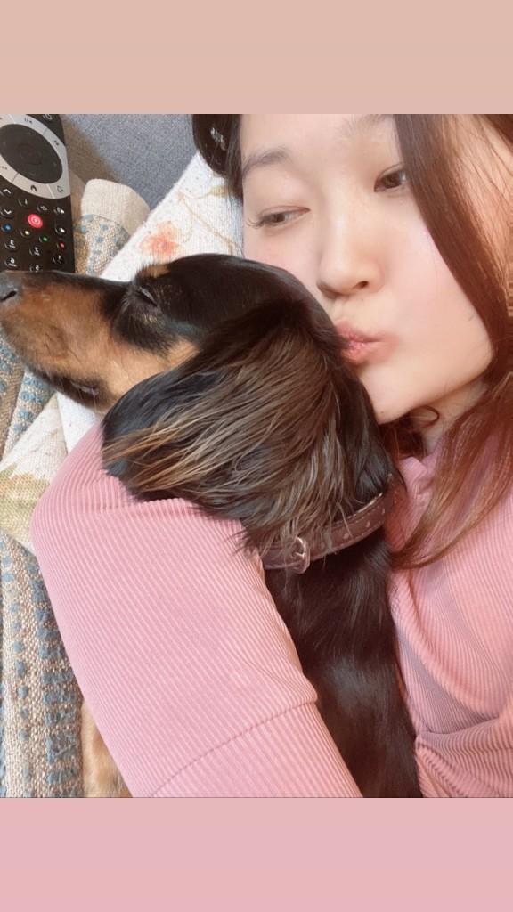 Maree and her miniature dachshund Kimchi